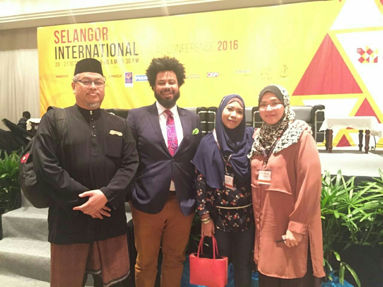 sleangor-international-halal-conference-2016-1