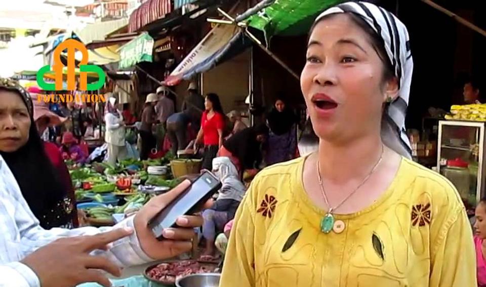 Cambodian Muslims in Km 7 Market, Chrang Chomres, Phnom Penh